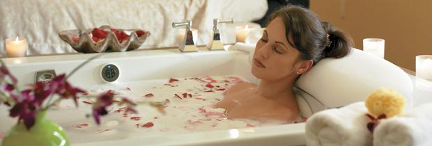 Bagni Terapeutici, vasca da bagno con i fiori