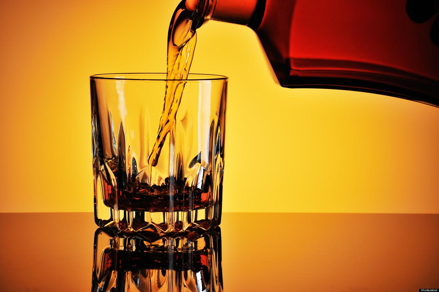 Ricamo di fascino da dipendenza alcolica